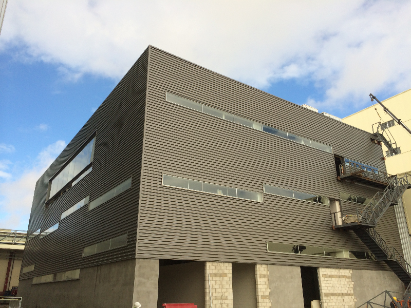 Instalacion de fachada tipo chapa