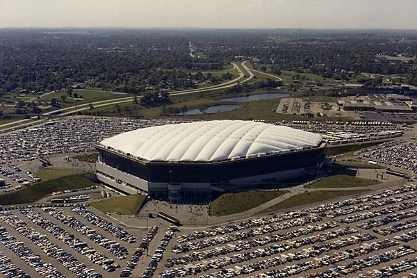 Cubierta del estadio de fútbol Pontiac Stadium