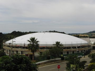 Rehabilitación de cubiertas incluido el desmontaje de la plaza de toros de El Bosque