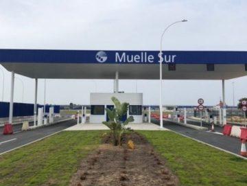 Accesos al muelle sur del puerto de Huelva